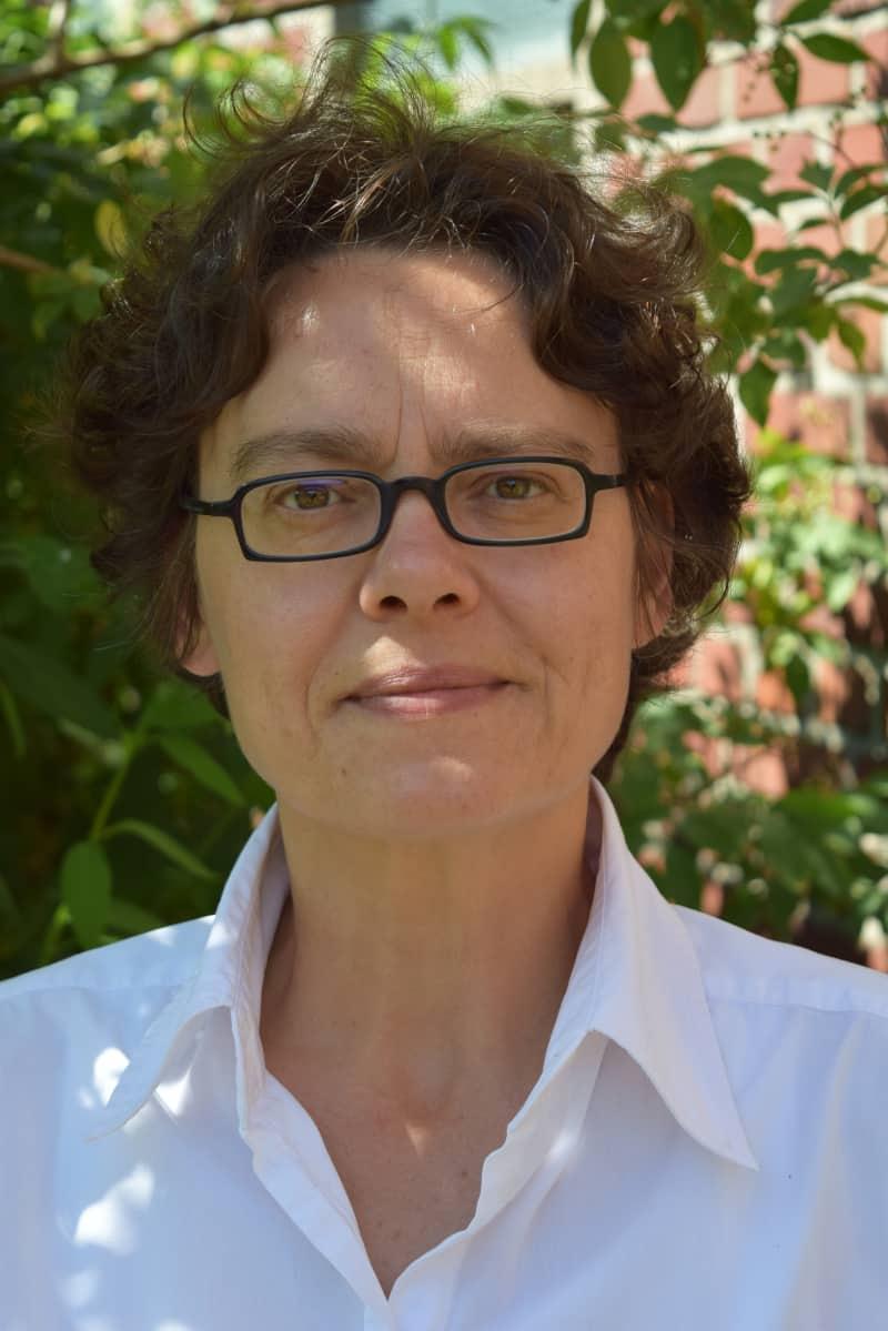 dr-christina-herrmann